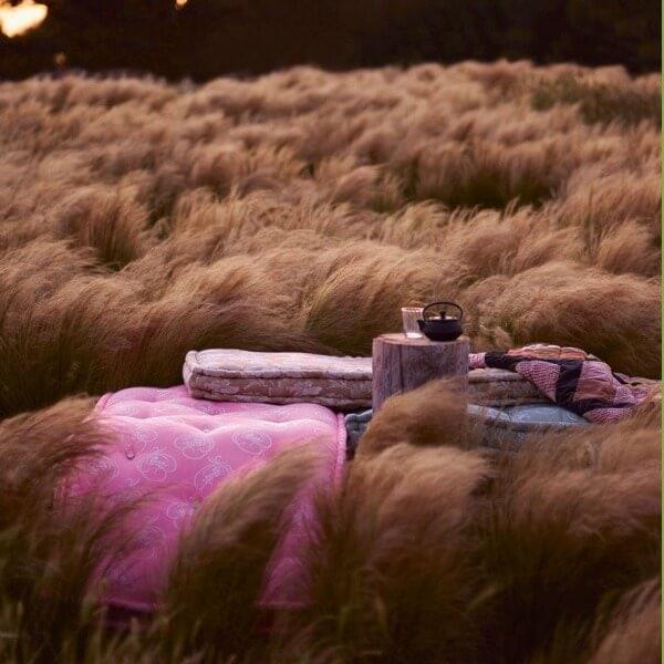 mise en scène de matelas en laine